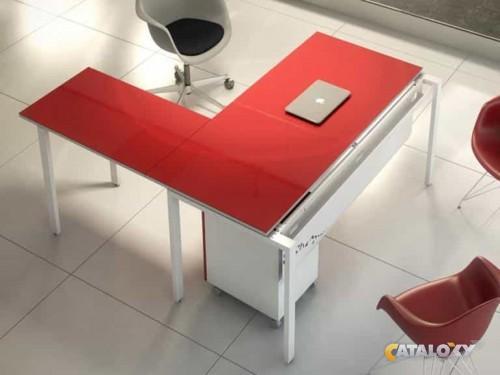 Mesa de Oficina con ala IPOP 1,40 x 1,60 mts en Madrid